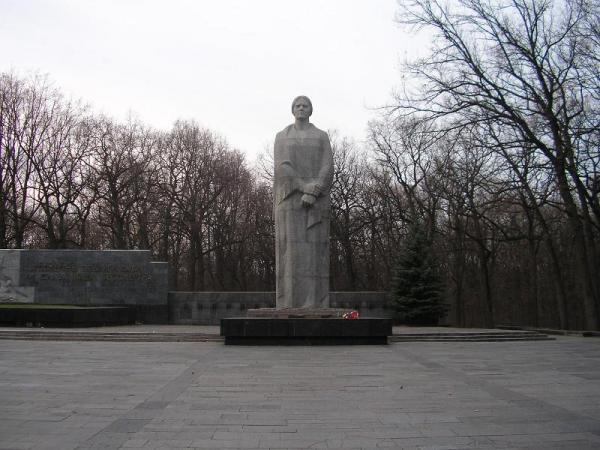 /Files/images/статуей Родины-Матери.JPG